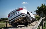 BMW X6 xDrive50i twisting axles