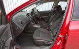 Chevrolet Cruze front seats