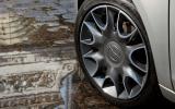 Chrysler Ypsilon alloy wheels