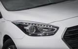 Hyundai i40 headlights