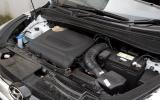 Hyundai ix35 diesel engine bay