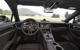 Porsche Panamera 4S Diesel dashboard