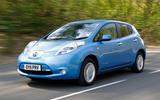 Nissan Leaf 2011 - tracking side