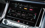 10 Audi Q8 TFSI e 2021 uk FD infotainment