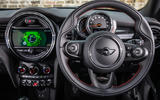 Mini Cooper 5dr 2018 UK review dashboard