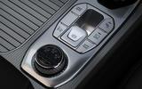 10 Ssangyong Rexton 2021 UK FD centre console