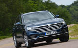 Volkswagen Touareg 3.0 TSI 2019 UK first drive review - cornering front