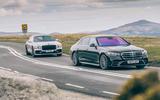10 olg Flying Spur vs Mercedes Benz S400d 4matic 2021 4936