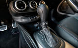 Fiat 500x Sport 2019 first drive review - gearstick