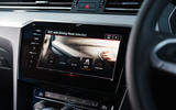 Volkswagen passat Estate R Line 2019 UK review - infotainment
