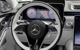 12 Mercedes Maybach S680 2021 FD steering wheel