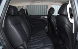 12 Ssangyong Rexton 2021 UK FD middle row seats