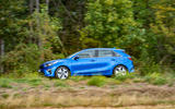 Kia Ceed 1.6 CRDi 48v iMT 2020 first drive review - on the road side