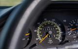 Mercedes-Benz W124 - dials