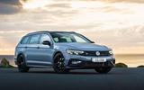 Volkswagen passat Estate R Line 2019 UK review - static front