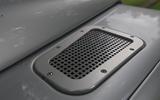 Defender hearse conversion - air intake