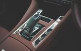 14 DS 9 2021 UK FD gearstick