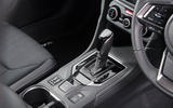 Subaru Impreza 2018 UK review gearstick