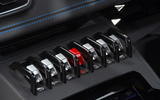 15-lamborghini-huracan-evo-uk-fd-2019-switches
