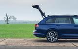 15 VW Golf Estate 2021 UK FD tailgate