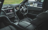 15 LUC Bentley Bentayga Range Rover 2021 0076