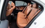 16 Mercedes Benz C Class 2021 FD rear seats