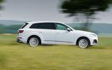 2 Audi Q7 TFSIe 2021 UK FD hero side