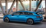 Volkswagen Arteon - hero side