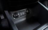 Hyundai i20 2018 review USB port