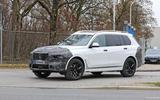 2022 BMW X7 front
