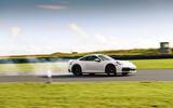 Porsche 911 992 - tracking side