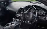 Audi R8 - interior
