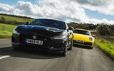 Jaguar F-Type vs Porsche 911