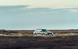 23 Volkswagen Tiguan 2021 UK FD on road