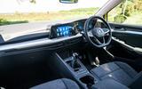 Volkwagen Golf - interior