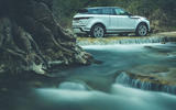 Range Rover Evoque 2019 first drive review - static water