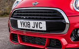 Mini Cooper 5dr 2018 UK review front end