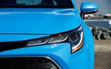 Toyota Corolla 2.0 XSE CVT 2019 review - headlights