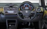 Volkswagen Up 2016 - interior