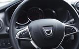 4 dacia sandero 2019 uk fd steering wheel