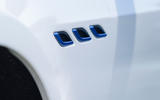 4 Maserati Ghibli Hybrid 2021 UK FD side vents