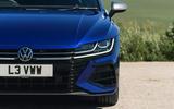 4 VW arteon R Shooting Brake 2021 UK FD headlights