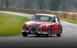 Jaguar MkII - tracking front