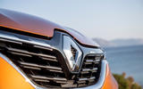 Renault Captur 2019 first drive review - front badge