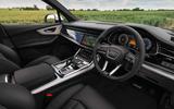 5 Audi Q7 TFSIe 2021 UK FD cabin