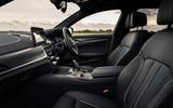 5 BMW 5 Series Touring 530d 2021 UK FD cabin