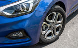 Hyundai i20 2018 review alloy wheels