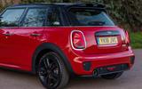 Mini Cooper 5dr 2018 UK review rear end