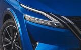 5 Nissan Qashqai 2021 UK FD headlights