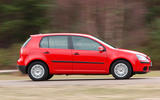 Volkswagen Golf - side